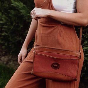 Vintage Downey and Bourke crossbody bag